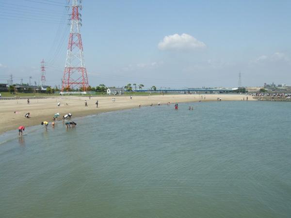 のどかな 亀崎 海水浴