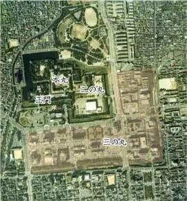 現在の名古屋城周辺の様子 国土画像情報(カラー空中写真) 国土交通省 より