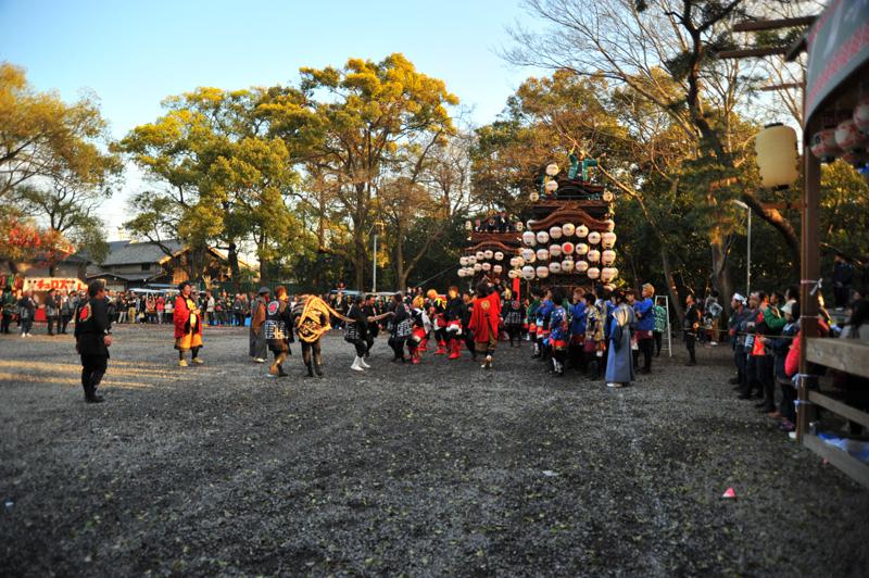 南組南車 神社への打ち込み 12 左側に何かが…?