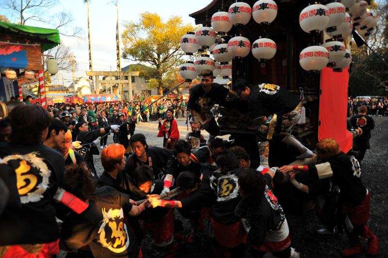 南組南車 神社への打ち込み 16