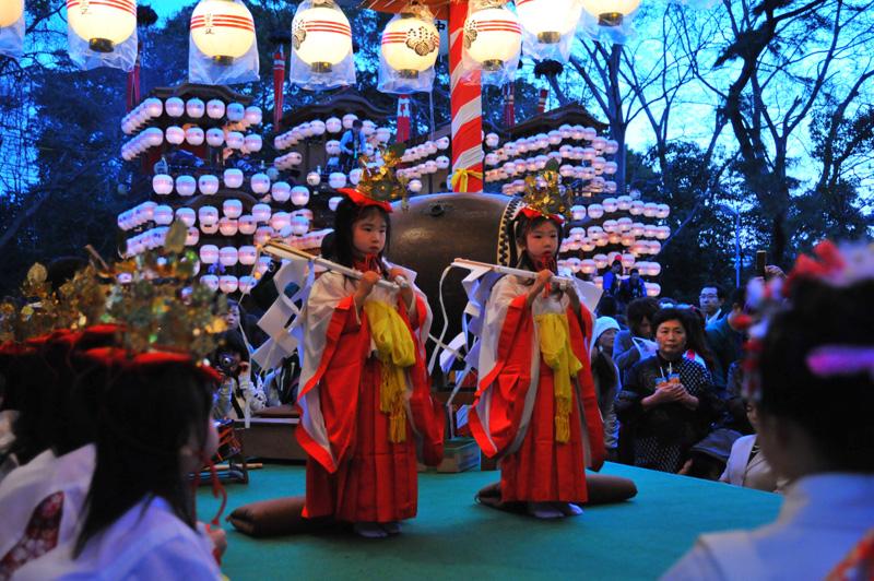 成岩三区の巫女舞 5