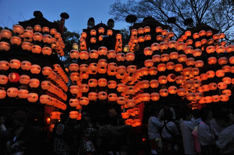 提灯が付きました。成岩神社-3